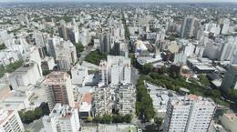 Foto Edificio en Shopping Hipólito Yrigoyen y Belgrano número 22