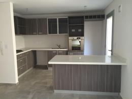 Foto Condominio en Lomas de Zamora Oeste Casas de Alvear - Alvear 430 numero 3