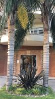 Foto Edificio en Castelar Norte Francia 2496 numero 2