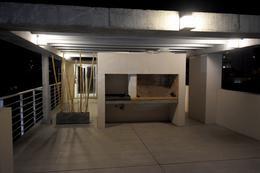 Foto Edificio en Parque Batlle Sobre calle tranquila , a metros del  parque  número 9