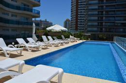 Foto Edificio en Playa Mansa Avda Chiverta número 16