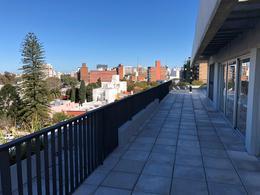 Foto Edificio en Parque Batlle Ramón Ortiz 2903 y Dr. José Brito Foresti número 7