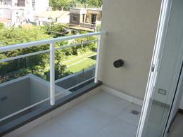 Foto Edificio en Macrocentro Av Pellegrini 2600 número 12