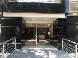 Foto Edificio en Pocitos             Gabriel Pereira  y Berro           número 1