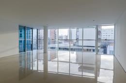 Foto Edificio de oficinas en La Perla Sur CLIPER Oficinas número 7