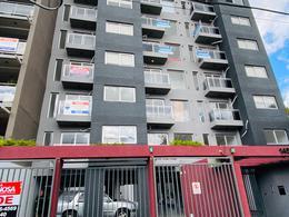 Foto Edificio en Moron Garcia Silva 1400 número 12