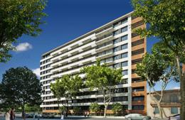 Foto Edificio en Parque Batlle Avenida Italia esq. Garibaldi número 4
