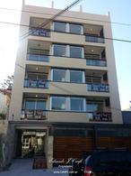 Foto Edificio en Castelar Sur Aristobulo del Valle 551 número 3