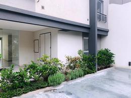 Foto Edificio en Moron Sur 9 de Julio 1000 número 1