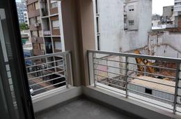 Foto Edificio en Centro (Montevideo) Tacuarembó 1430 entre 18 de Julio y Guayabos número 11