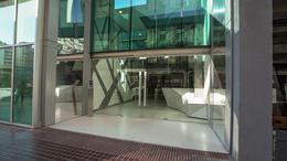 Foto Edificio de oficinas en Microcentro             Corrientes  y San Lorenzo            número 3