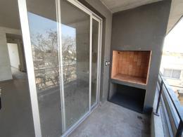 Foto Edificio en Moron Sur Mitre 431 número 6