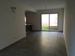 Foto Condominio en Lomas de Zamora Oeste Casas de Alvear - Alvear 430 numero 2