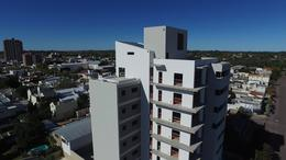 Foto Edificio en Centro Calle 14 e/ 15 y 13 número 4