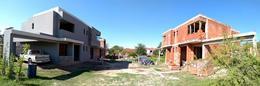 Foto thumbnail unidad Casa en Venta en  Arguello,  Cordoba  ALBERTO NICASIO 7181