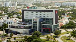 Foto Country en Altamira Esq. Avenida Tulum, Av. Nichupté y Av. Acanceh, frenta a plaza Malecón Américas número 2