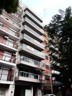 Foto Edificio en Recoleta Pacheco de Melo al 2700 numero 1