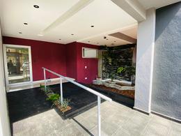Foto Edificio en Moron Garcia Silva 1400 número 2