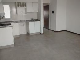 Foto Edificio en Macrocentro Zeballos 2200 número 9