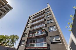 Foto Edificio en Moron Pellegrini 1300 número 27