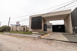Foto Edificio en Camino de Sirga Camino de Sirga número 25