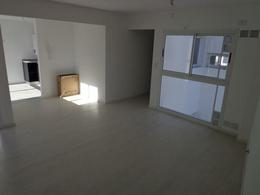 Foto Edificio en Macrocentro Alvear 1400 número 2