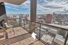 Foto Edificio en Plaza Mitre HIPOLITO YRIGOYEN 2500 número 5