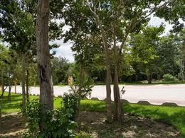 Foto Barrio Abierto en Lagos del Sol Lagos del Sol, a pocos minutos de diversos residenciales de la zona, tales como Cumbres, Villa Magna, Residencial Campestre, y otros residenciales número 14