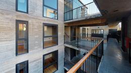 Foto Edificio en Nuñez Ruiz Huidobro y Bv San isidro Labrador número 1