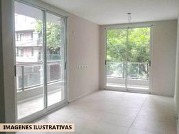 Foto Edificio en Rosario Montevideo al 600 número 5