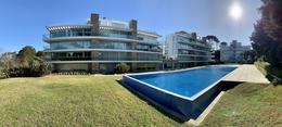 Foto Edificio en Playa Brava Parada 25 Brava número 2