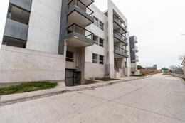 Foto Departamento en Venta en  Camino de Sirga,  Yerba Buena  Balcones U39