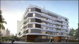 Foto Edificio en Parque Batlle 01- Cero Uno/ Parque Batlle número 7