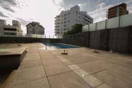 Foto Edificio en Península Gorlero esquina La Galerna  número 3
