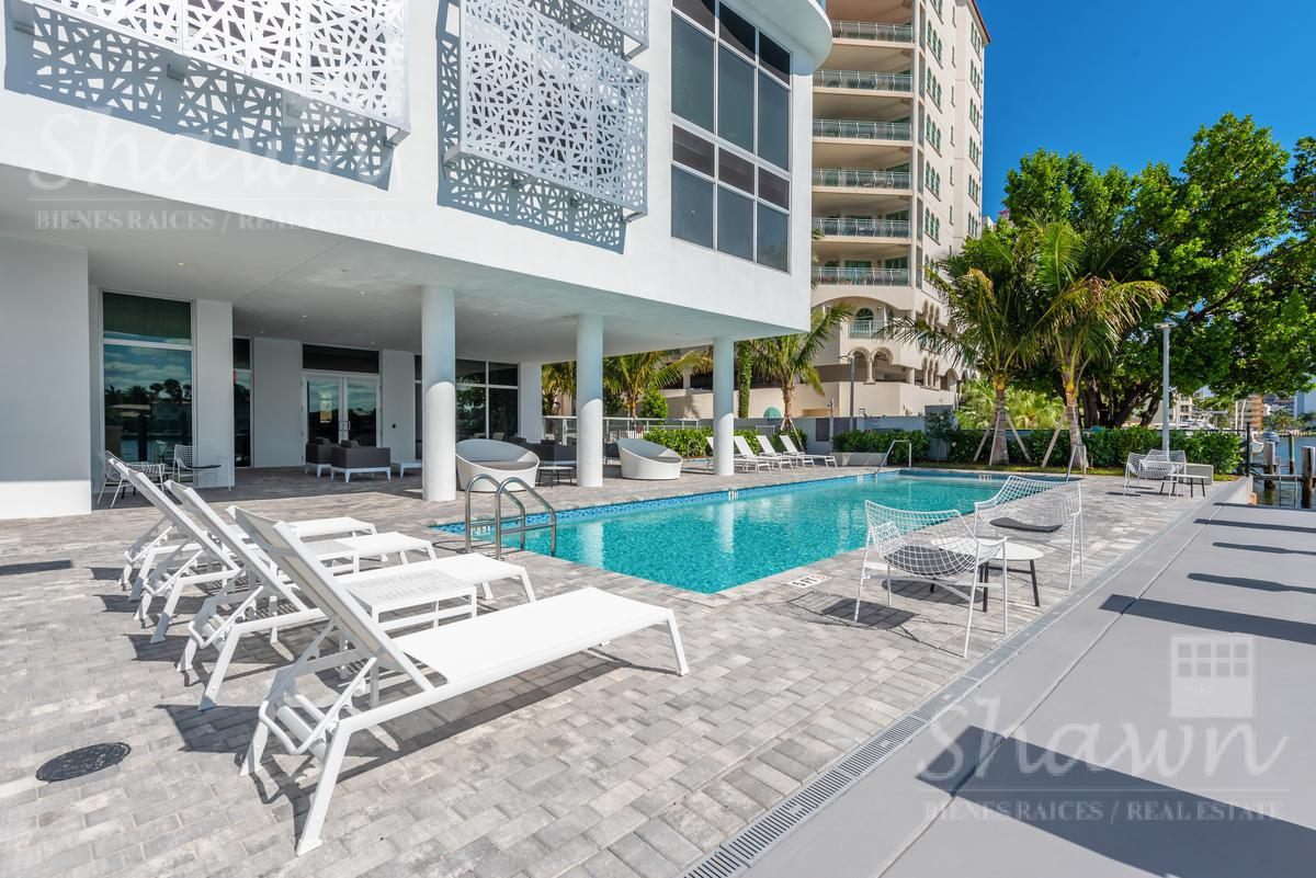 Foto Condominio en Broward 321 At Water's Edge Fort Lauderdale, Florida, USA  número 9