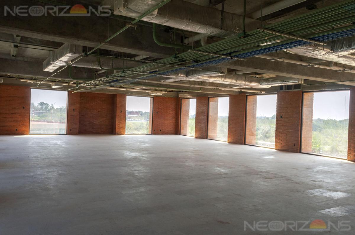 Foto Edificio en Nuevo Aeropuerto  número 10