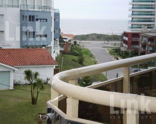 Foto Edificio en Aidy Grill Leyenda Patria y Biarritz número 6