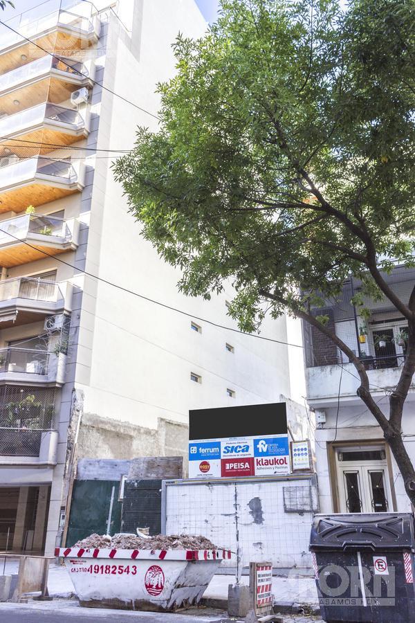 Foto Edificio en Cid Campeador Valentín Virasoro entre Franklin y Planes numero 17
