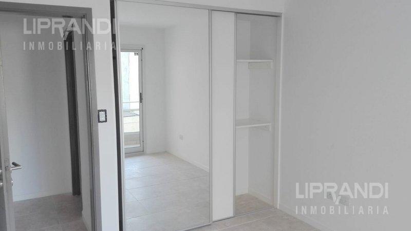 Foto Edificio en General Paz OVIDIO LAGOS 253 número 12
