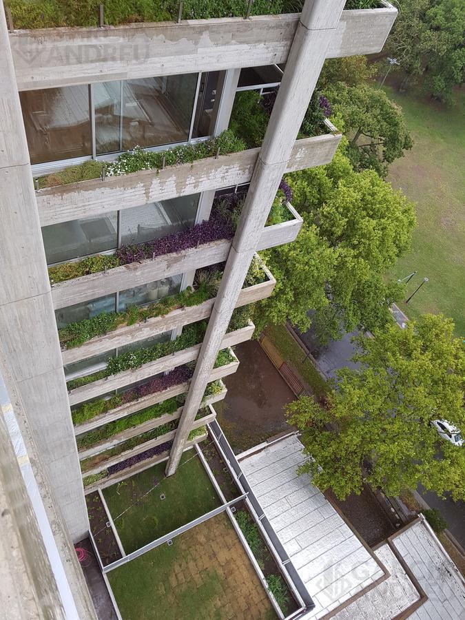 Foto Edificio en Arroyito Olive al 900 número 5