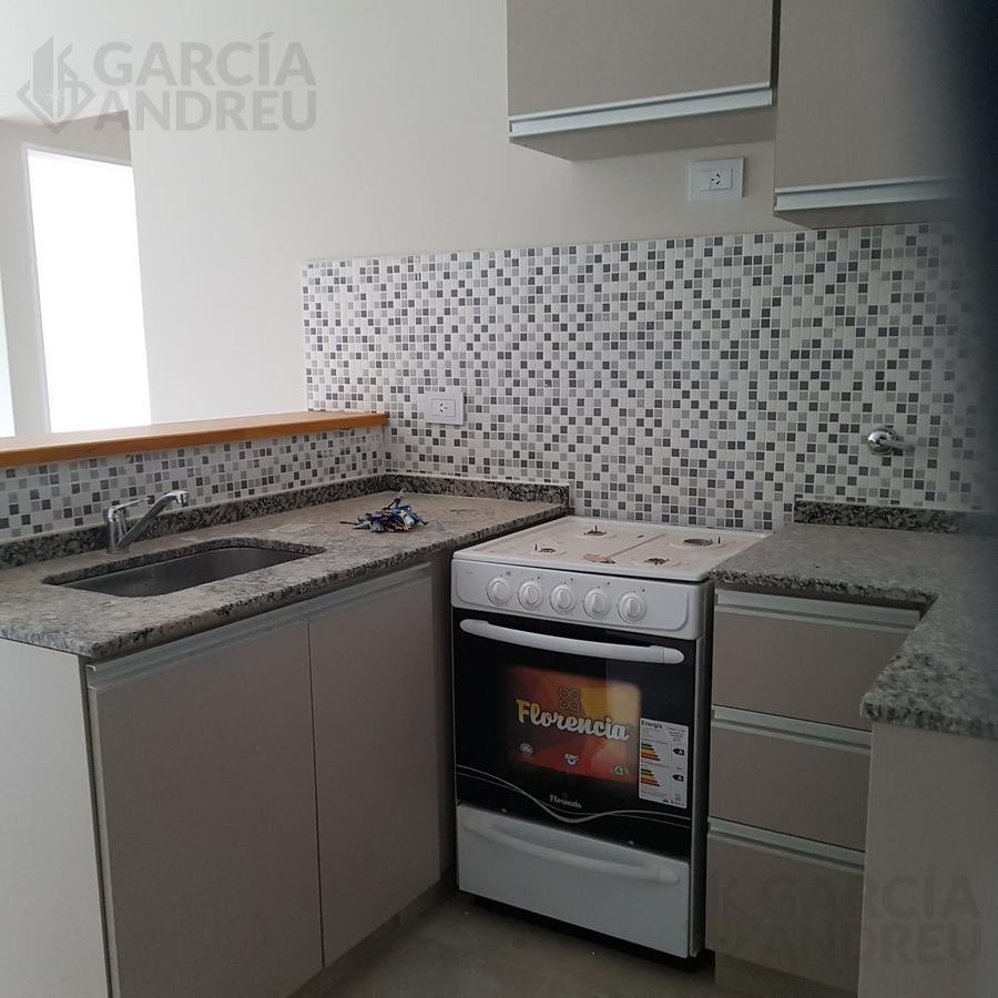 Foto Edificio en Pichincha Ricchieri 400 número 4