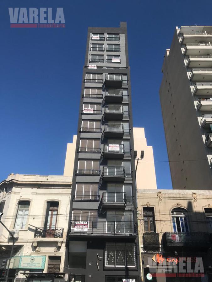 Foto Departamento en Venta en  San Cristobal ,  Capital Federal  Av. Independencia 2700