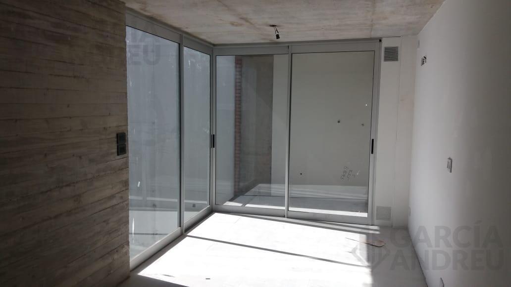 Foto Edificio en República de la Sexta Laprida 2200 número 11