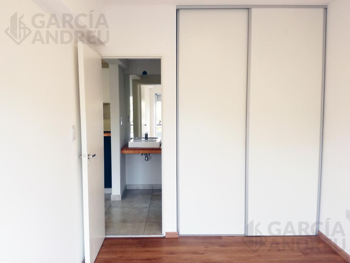 Foto Edificio en Pichincha Ricchieri 400 número 5