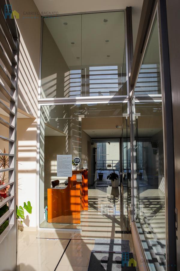 Foto Edificio en Quilmes Brown 667 número 3