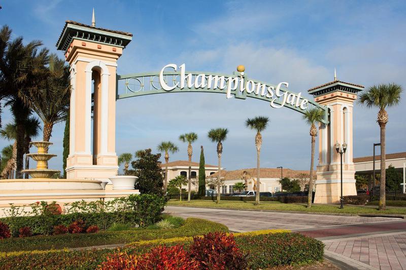 Foto  en Orlando 9029 Sand Trap Drive ChampionsGate, FL