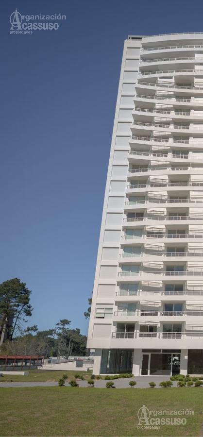Foto Edificio en Roosevelt Parada 12 Av. Roosevelt número 6