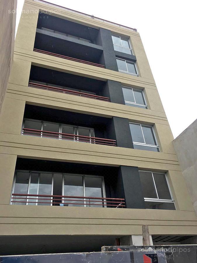 Foto Edificio en La Lucila-Vias/Libert. Rawson 3726 número 1
