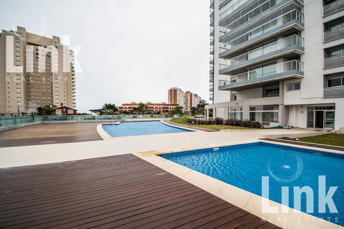 Foto Edificio en Playa Mansa Uruguay Link número 11