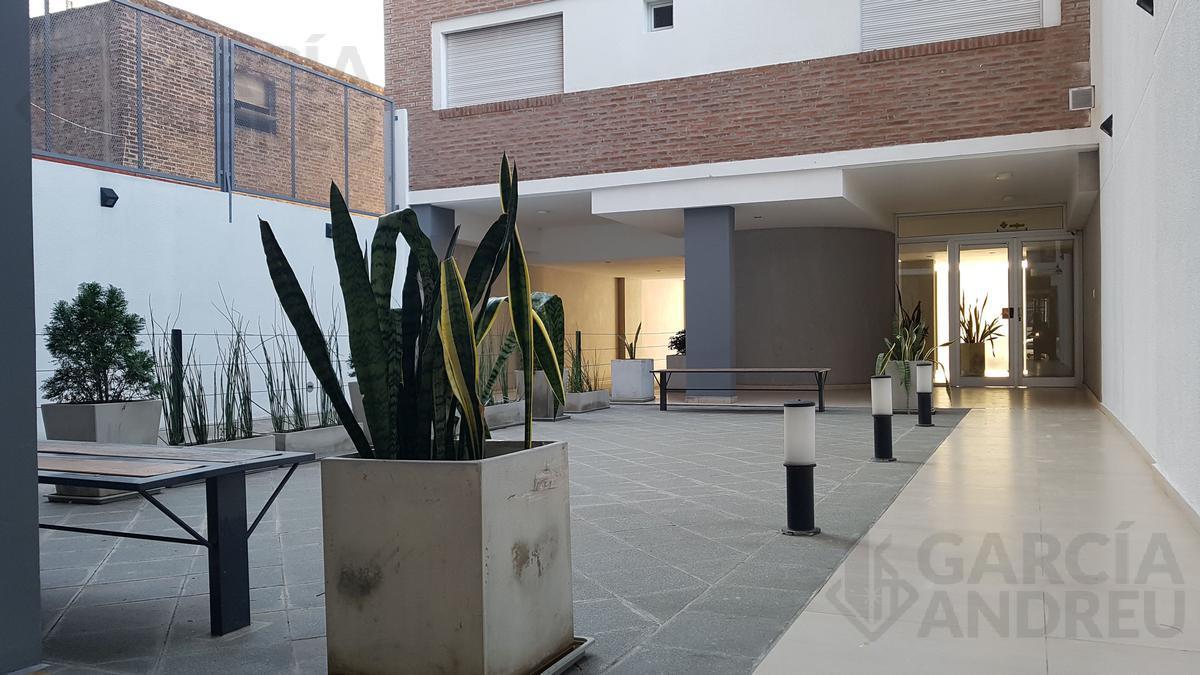 Foto Edificio en Centro Sur Pte Roca 1400 número 4